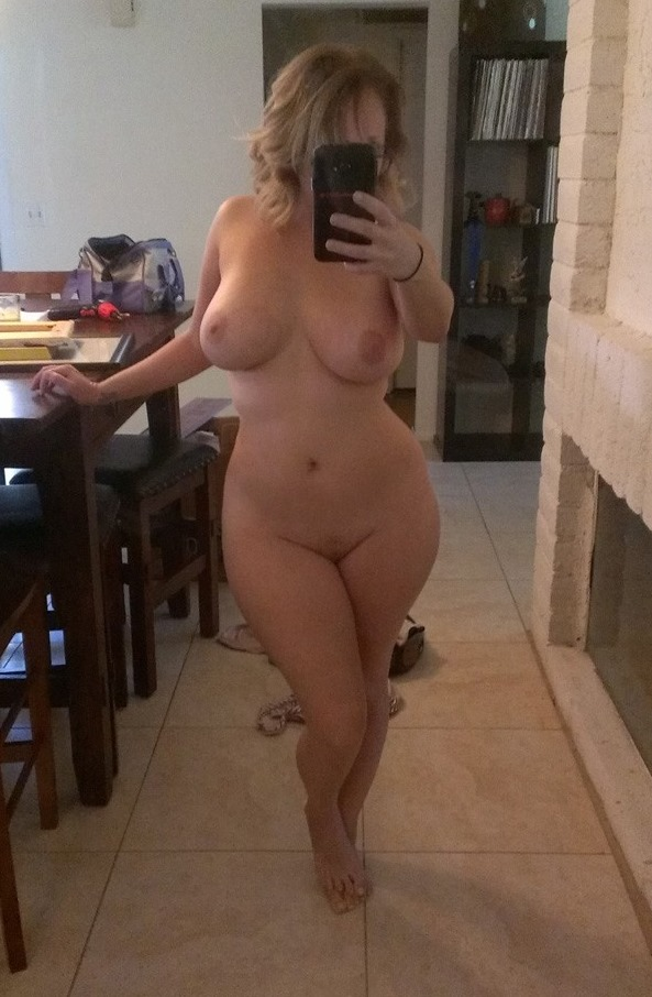 wife naked in a hotel room